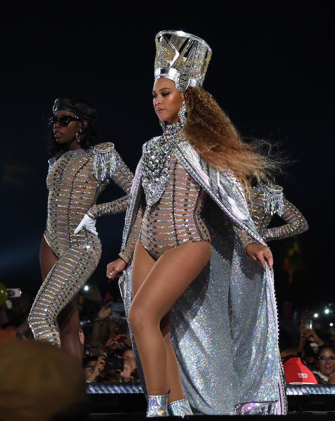 Solange Knowles performs with Beyonce at the 2018 Coachella Valley Music And Arts Festival at Indio Polo Grounds on April 21, 2018 in Indio, California. (Photo by Frank Micelotta/PictureGroup). 21 Apr 2018 Pictured: Beyonce. Photo credit: Frank Micelotta/PictureGroup / MEGA TheMegaAgency.com +1 888 505 6342