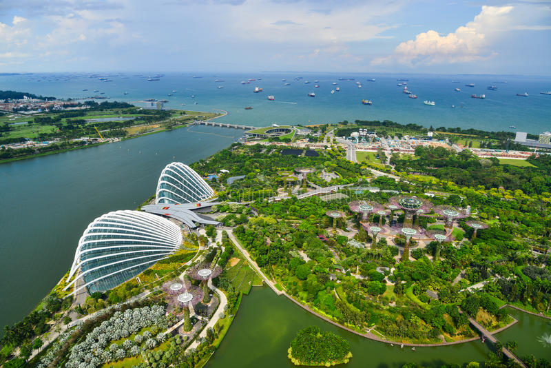aerial-view-gardens-bay-singapore-jun-bird-eyes-supertree-grove-flower-dome-garden-city-sovereign-state-97213351